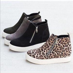 Leopard Zipper Sneakers